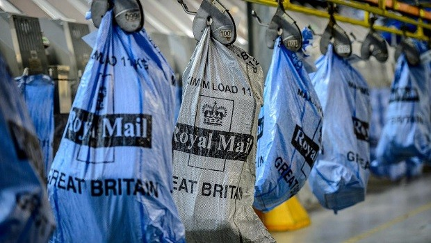 Royal Mail avoids price controls after Ofcom review