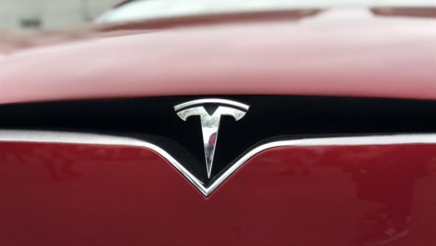 Tesla Stock Jumps 9 As It Reports Steady Model 3 Production Webfg