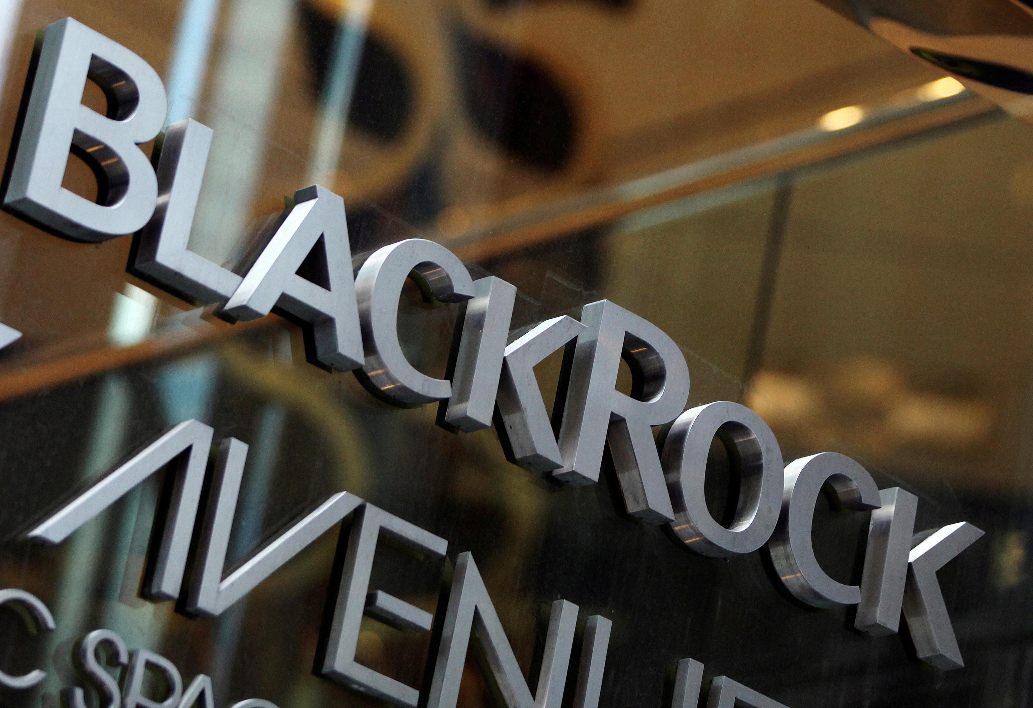 brexit-blackrock-et-goldman-pourraient-transferer-des-gerants-aux-usa
