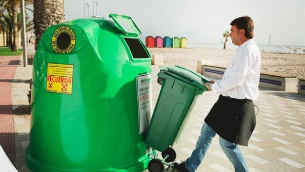 ep hostelero reciclando vidrio