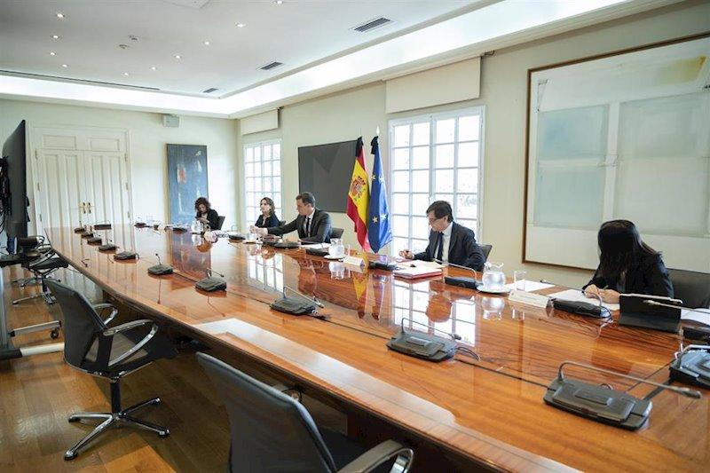 Cvirus.- Sánchez anuncia a las CCAA que cobrarán el fondo en cuatro pagos, el primero en julio por 6.000 millones