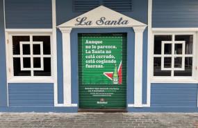 ep heineken refuerza su apoyo a la hosteleria con mensajes en las persianas de bares