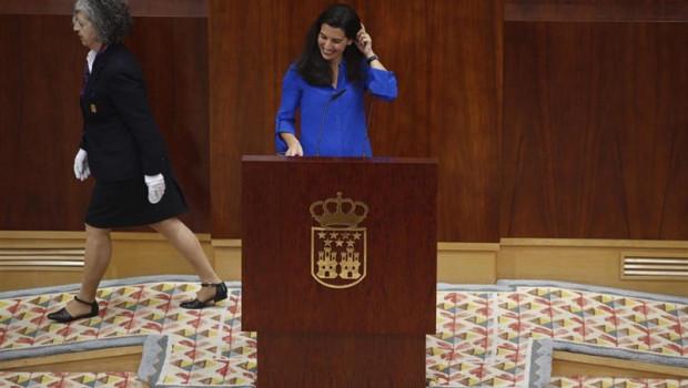 ep la candidatavoxla presidenciala comunidadmadrid rocio monasterio duranteintervencionplenoinvestidurapresidentela comunidadmadrid
