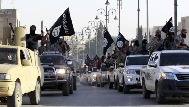 Estado Islamico ISIS desfile militar sirte libia