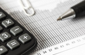 dl finance generic calculator figures spreadsheet accounting