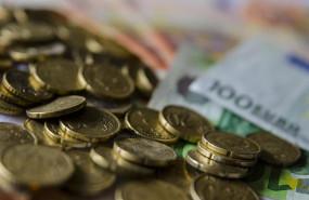ep economia-amp la deuda publica marca nuevo record12 billonesmarzose situa987 del pib