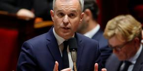 la-taxe-carbone-discutee-dans-le-grand-debat-dit-rugy