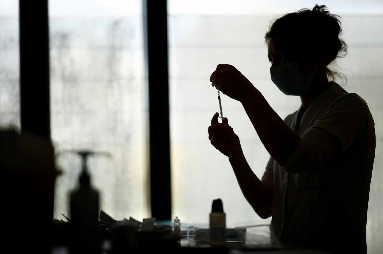 coronavirus france la has favorable a la vaccination par les dentistes et les veterinaires