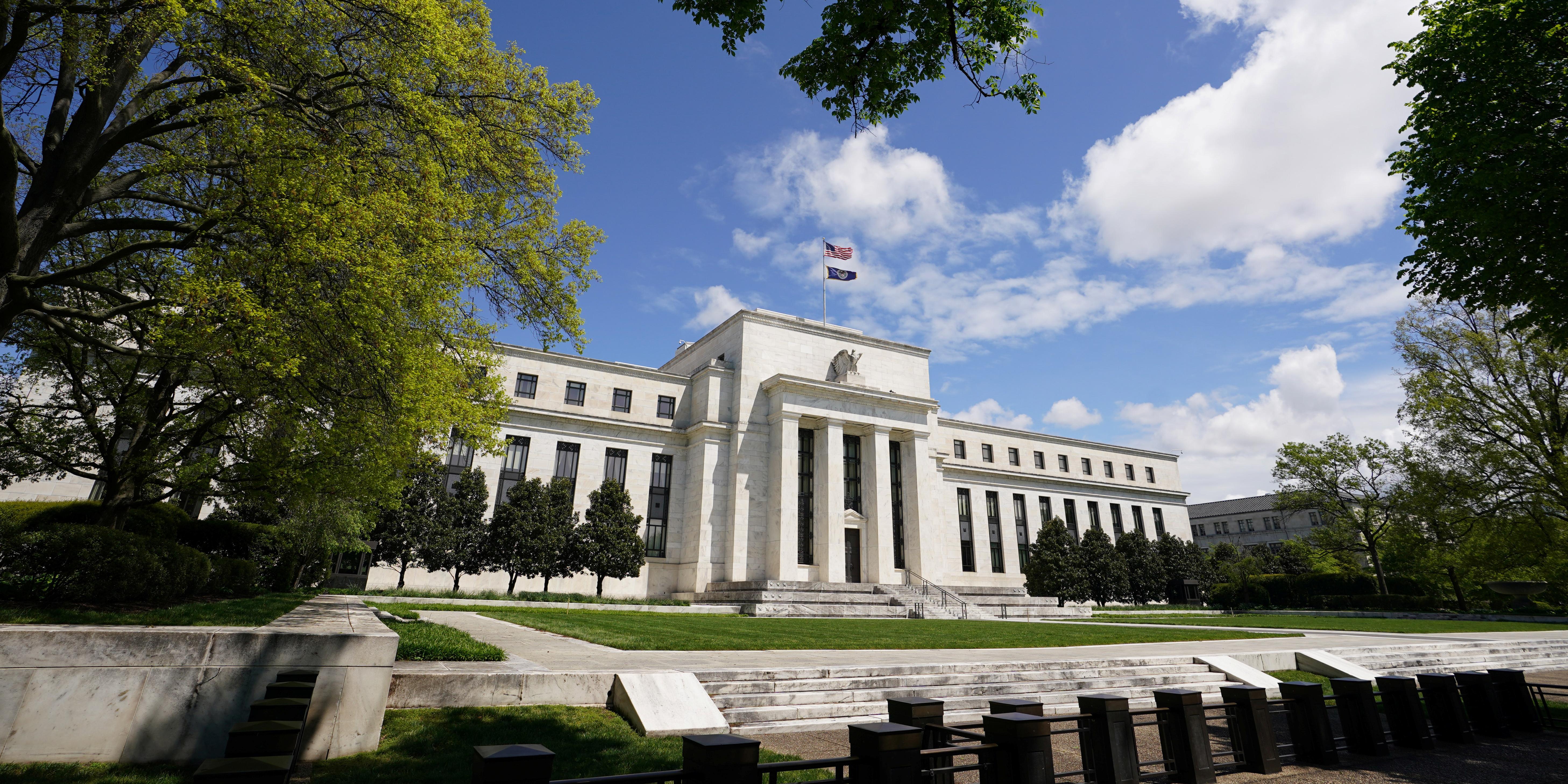 la-fed-fixe-les-besoins-de-fonds-propres-supplementaires-pour-les-grandes-banques-americaines