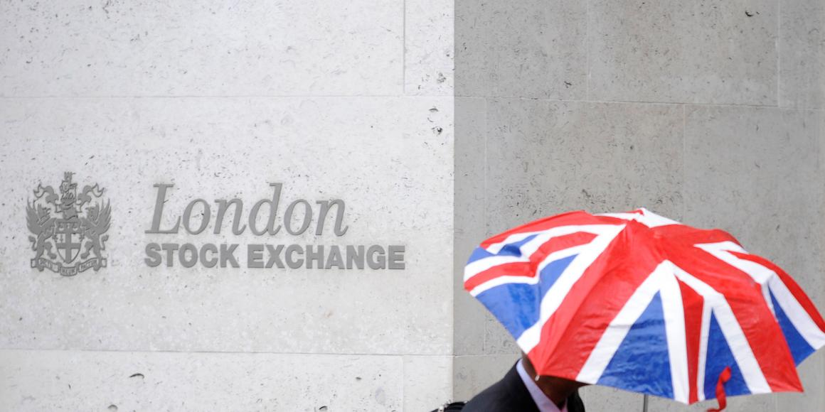 london-stock-exchange-rejected-its-hong-kong-rivals-37-billion-takeover-bid-saying-refinitiv-deal-track
