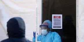 forte-hausse-du-nombre-de-deces-imputes-au-coronavirus-aux-etats-unis
