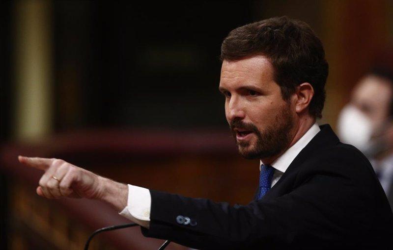 """Casado acusa a Sánchez de """"dar un golpe de gracia a la legalidad"""" con los indultos"""