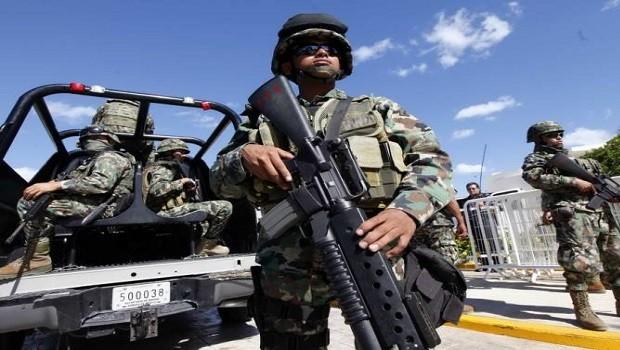 soldados mexico