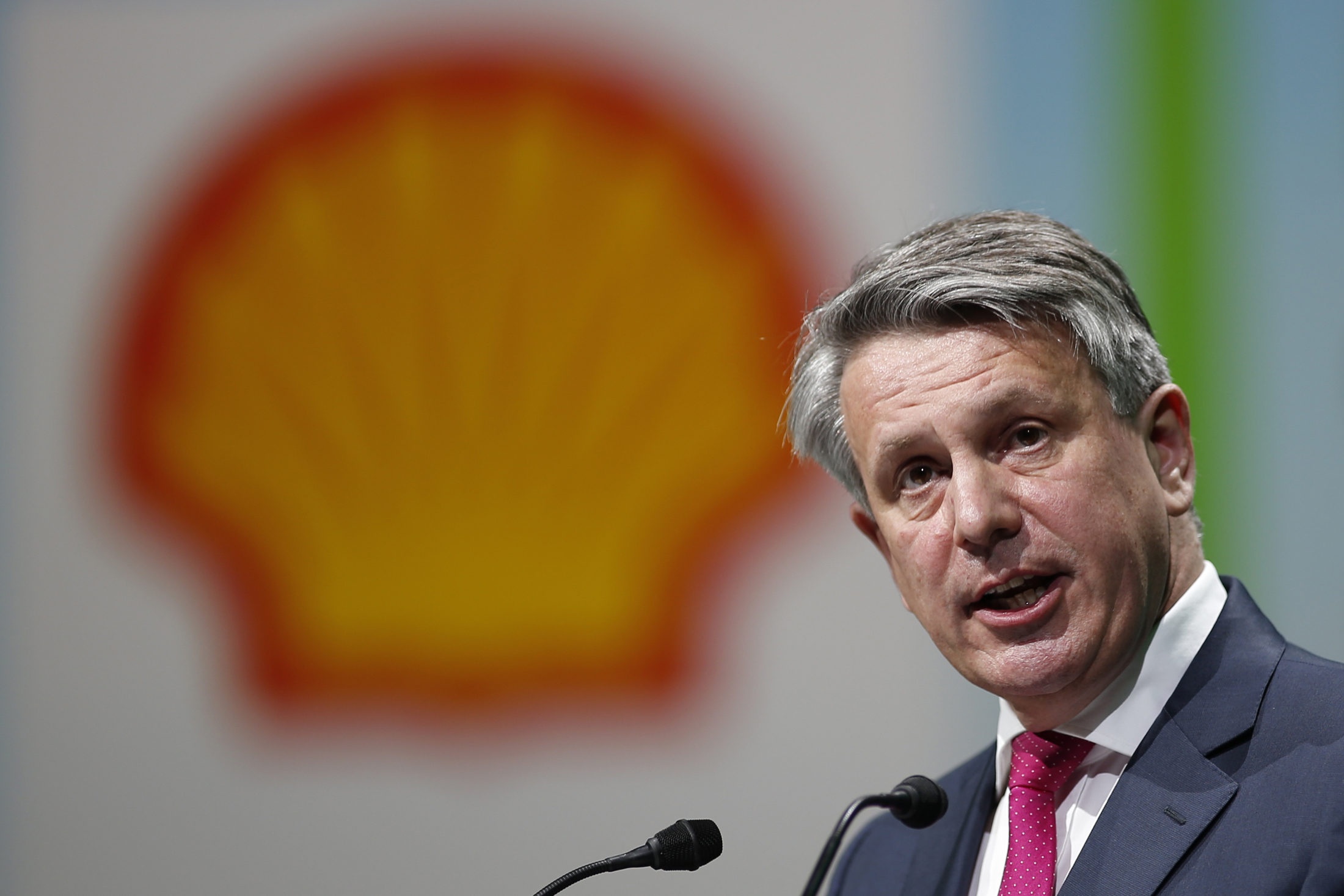 ben-van-beurden-chief-executive-officer-of-royal-dutch-shell-petrole-gaz-energies-fossiles