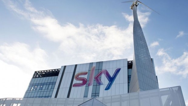 Comcast supera a Fox en la subasta por la televisión británica Sky
