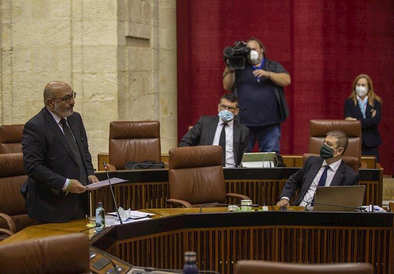 """Vox critica que el plan de Andalucía para la vigilancia de playas """"recuerda al nefasto Plan E de Zapatero"""""""
