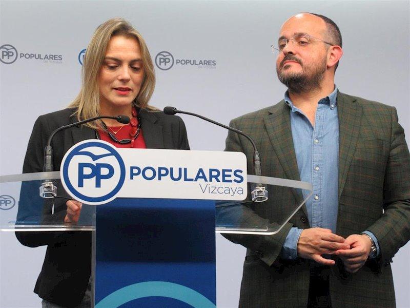 """Alejandro Fernández (PP) cree que el PNV emprende el camino """"del harakiri y el suicidio político d"""