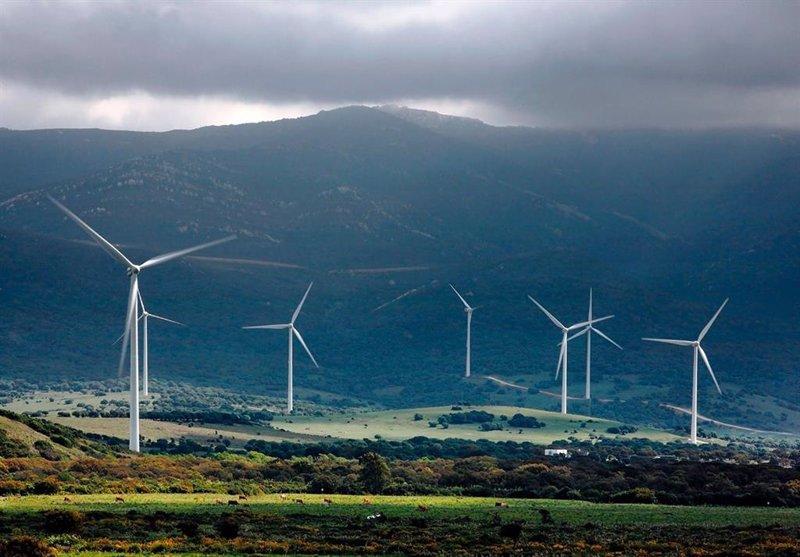 """Alerta de burbuja en las renovables: """"Subida vertiginosa y elevadas valoraciones"""""""