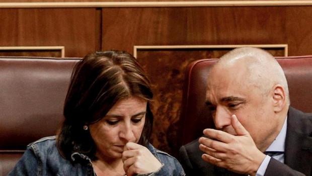 ep la portavoz parlamentaria del psoe adriana lastra y el portavoz del psoe en el congreso rafael