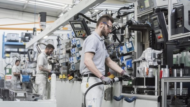 gkn edrive manufacturing expansion melrose industrial fabricacion factory