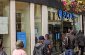 dl barclays bank shop sign