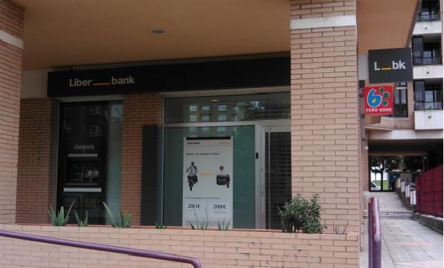 Las nuevas acciones de liberbank comienzan a cotizar este for Oficinas citibank madrid