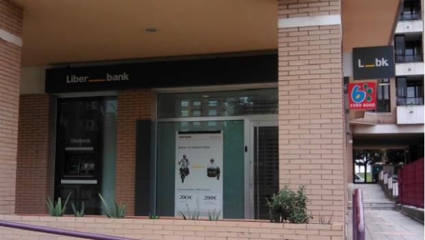 Un juzgado de madrid condena a liberbank a devolver todos for Clausula suelo significado